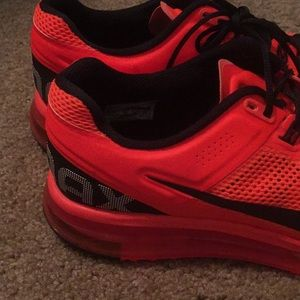 Nike Shoes - Nike air max, size 11